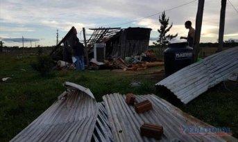 Continúan reparando casas afectadas por el temporal y zonas rurales siguen sin energía