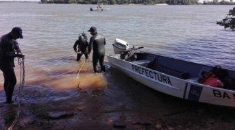 Prefectura sumó buzos y nadadores para hallar a joven desaparecido