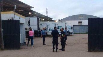 Banda de asaltantes armados robó dinero a una distribuidora