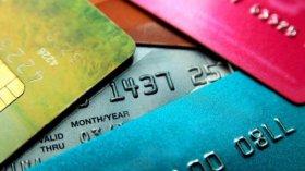 Reglas para proteger tu tarjeta de crédito durante compras navideñas