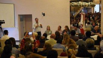 Valdés reúne a dirigentes radicales y legisladores este viernes