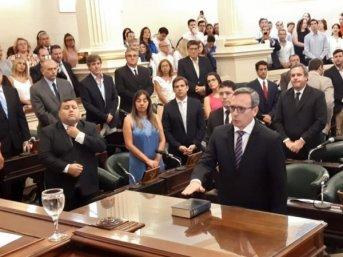 Juraron los nuevos concejales y Alfredo Vallejos resultó electo Presidente