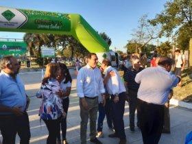 Valdés junto a Tassano inauguró pavimento en el barrio Molina Punta
