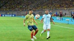 Argentina enfrenta a Chile en su segundo partido