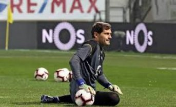 El titular de LaLiga recibe críticas de Iker Casillas por el futuro calendario