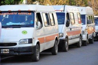 Inicia el pago para remiseros, taxistas y transportistas escolares
