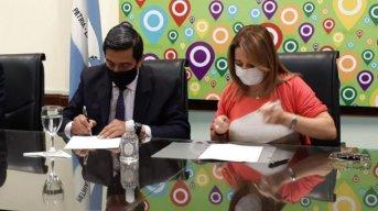 Se concretó la firma de convenio para el acceso de partidas de nacimiento online
