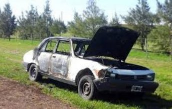Familia entrerriana se salvó de milagro tras incendiarse su auto por RN14