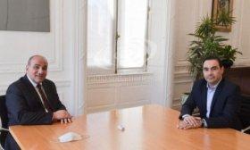 El Gobernador Vald�s se reuni� con Juan Manzur en Casa Rosada