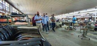 La Provincia vincula industrias textiles para impulsar la confección de indumentaria