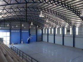 La Provincia terminó la construcción del polideportivo municipal cubierto de Mariano I. Loza