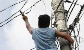 Resistencia: trat� de robar un cable de cobre y muri� por una fuerte descarga
